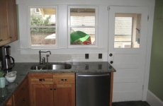 (After) silver sea green countertops