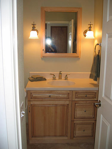 Sw portland master bath hardline design and construction for Bathroom vanity portland oregon